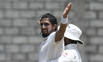 Ishant Sharma picked the key wickets of Marlon Samuels and Roston Chase.