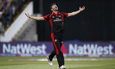 Mark Wood took four wickets to all but end Yorkshire's challenge