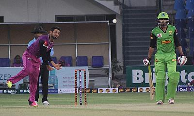 Sikandar Raza in action against Rawalpindi