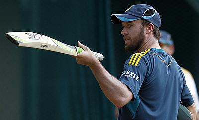 AB de Villiers keen to recover for Adelaide Test