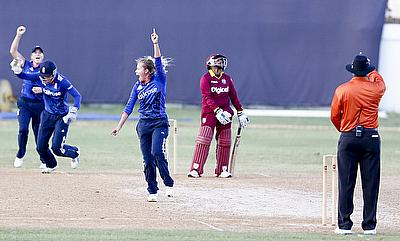 England players celebrating the wicket of Anisa Mohammaed
