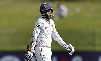 Dhananjaya de Silva, Tharanga rescue Sri Lanka after top order collapse
