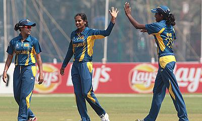 Inoka Ranaweera (centre) picked three wickets for Sri Lanka