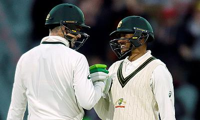 Peter Handscomb (left) along with Usman Khawaja