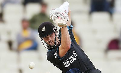 Kane Williamson steers New Zealand to six-wicket win