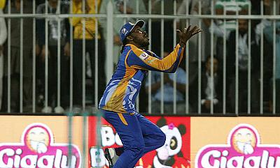 Chris Gayle played a crucial role in Karachi's qualification to next round