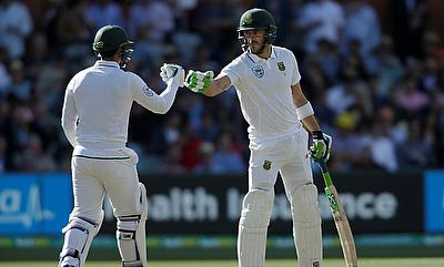 South Africa's hope rest on Quinton de Kock (left) and Faf du Plessis (right)