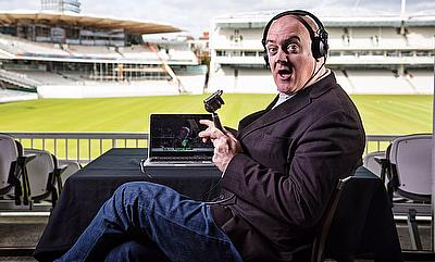 Dara O Briain Take A Craic At Cricket Commentary
