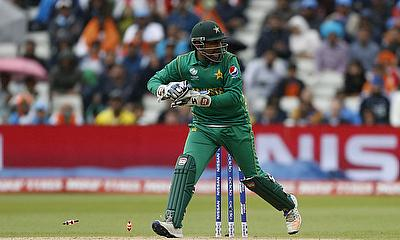Can Sarfraz Ahmed inspire his team to win after suffering a massive defeat against India?