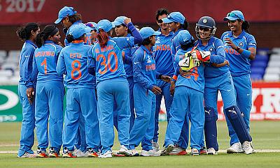 India Women's team celebrating their win over New Zealand