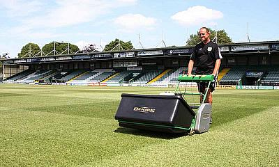 G860 combats heavy usage at Huish Park