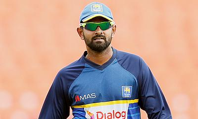 Lahiru Thirimanne picked two wickets in the innings