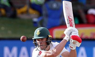 AB de Villiers looked at his fluent best on day two of the Port Elizabeth Test