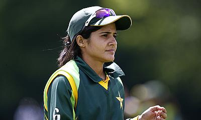 Javeria Khan top scored with 38