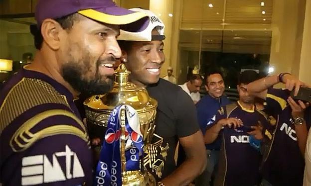 Knight Riders Celebrate Winning IPL7