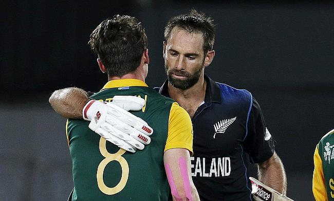 Dale Steyn and Grant Elliott embrace following the 2015 World Cup semi-final between New Zealand and South Africa