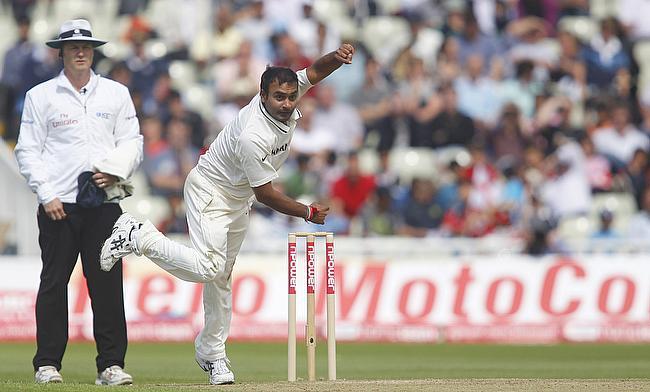 Amit Mishra bowls against England in 2011