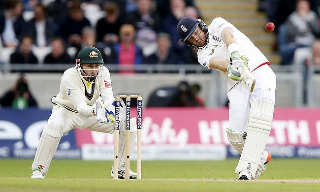 Ian Bell hits out on day one at Edgbaston