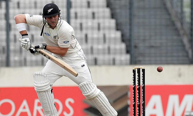 Corey Anderson ruled out of Australia Tests