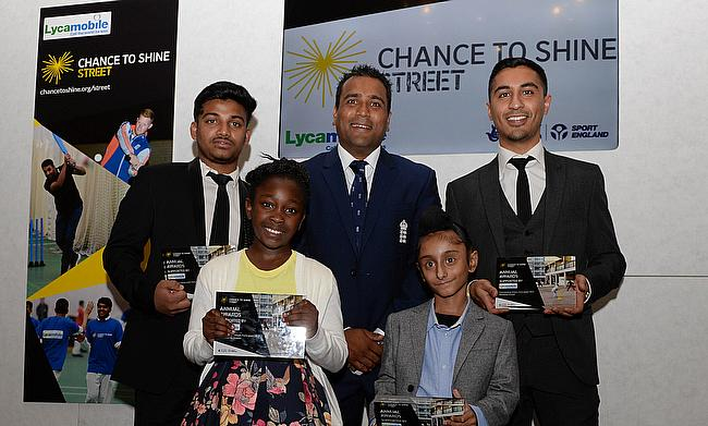 Samit Patel and Outstanding Participant winners - Vijal Vinay, Chantelle Mckenzie, Vinnet Singh and Nikesh Patel