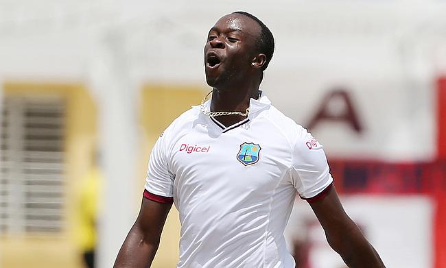 Kemar Roach believes the tag of underdogs will benefit West Indies in the Test series against Australia.