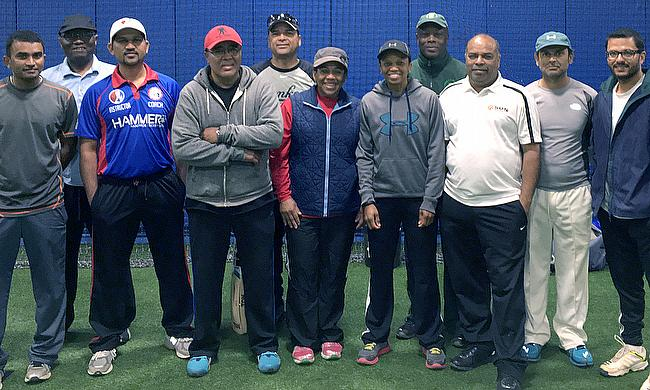 American Level 2 coaches including two female coaches with ACF Coaching Director Jatin Patel (3rd from right).