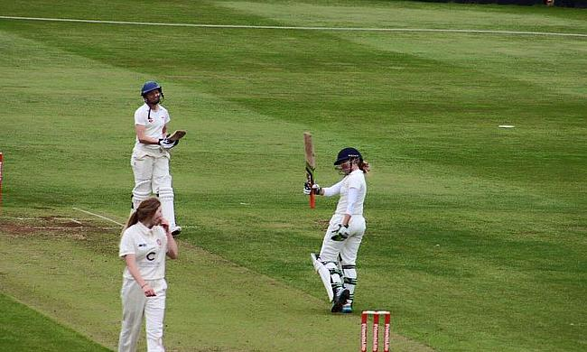 Lucy Higham batting
