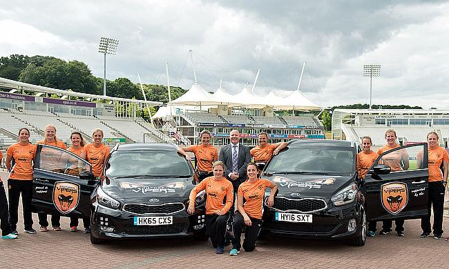 Ian Bennett, group Kia franchise sales manager from Hendy Group, with the Southern Vipers.