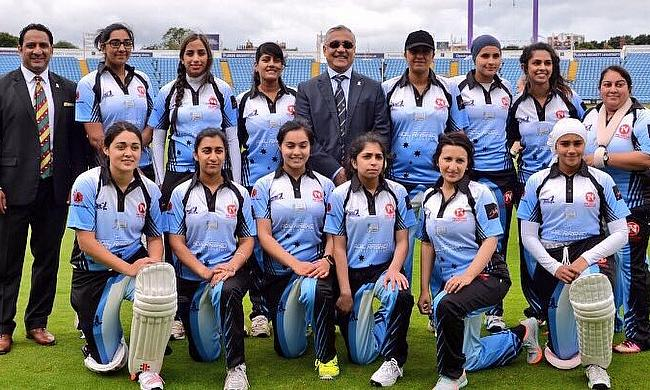 UK's first all Asian women's cricket team posing