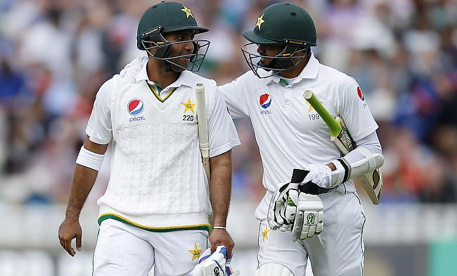 Pakistan surge ahead after Yasir Shah's four wicket haul