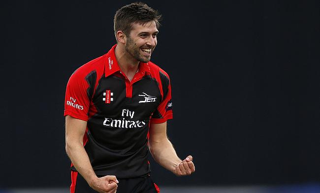 Mark Wood extends Durham stay by three years