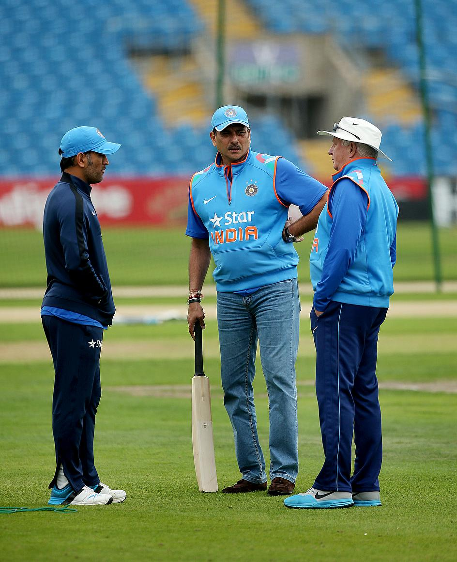Ravi Shastri Appointed Team Director till World Cup 2015