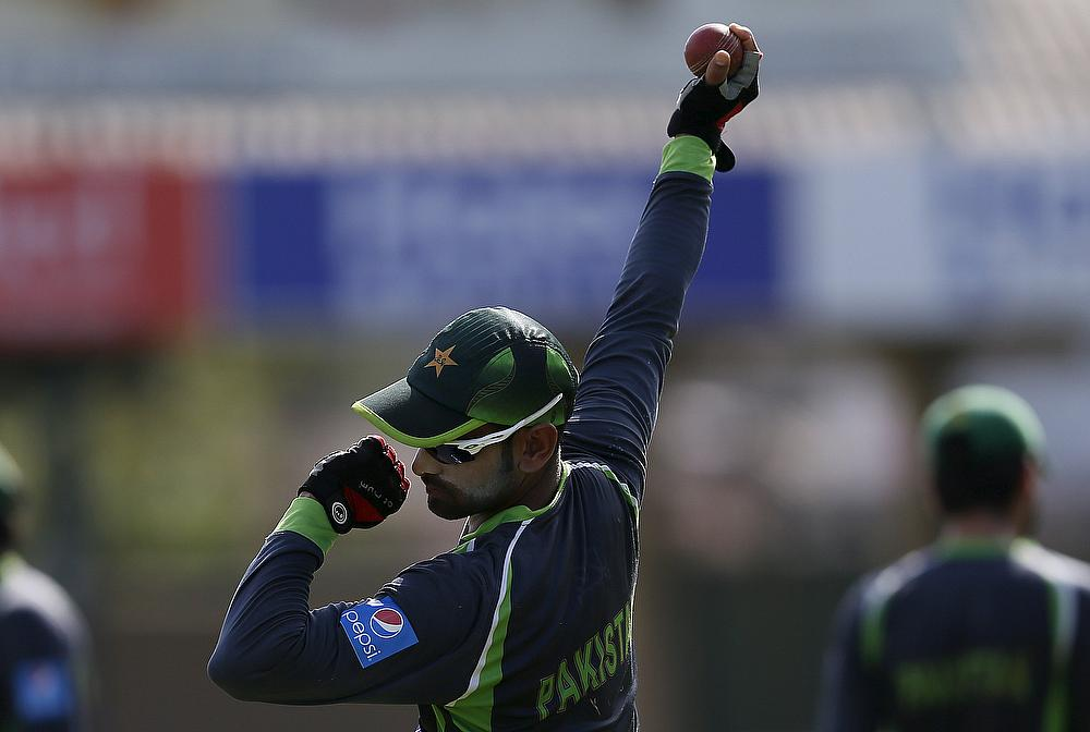 ICC allows Mohammad Hafeez to bowl worldwide cricket