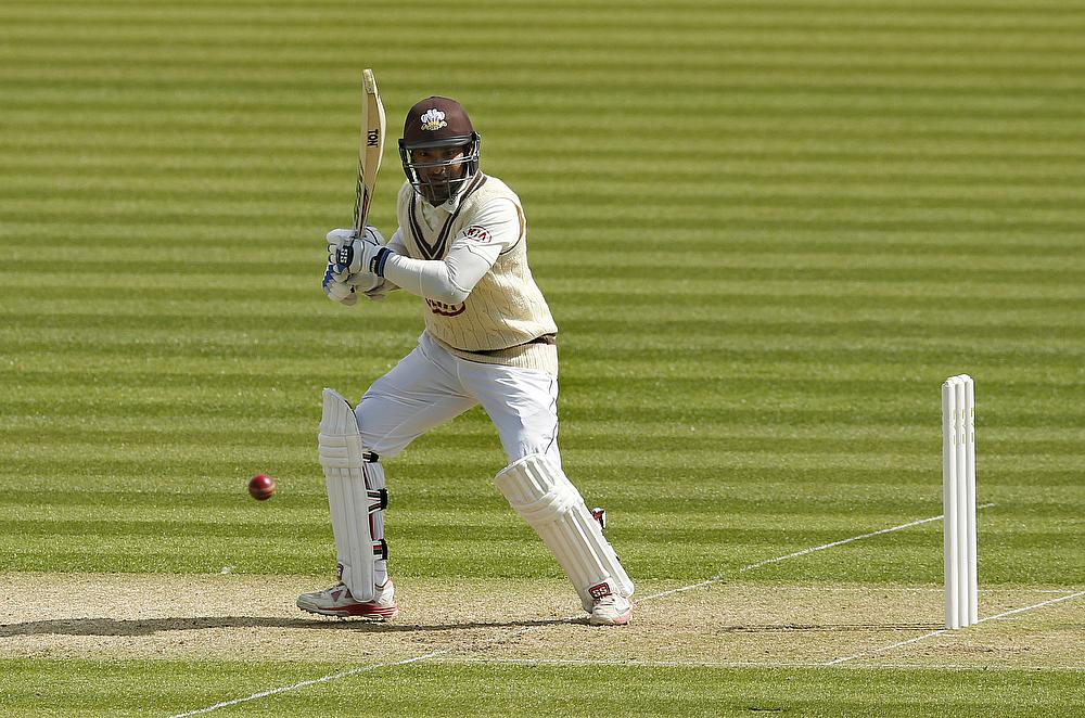 Crane and Dawson help Hampshire defeat Somerset in three days