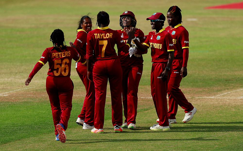 Dottin, Taylor lead WI women to 285