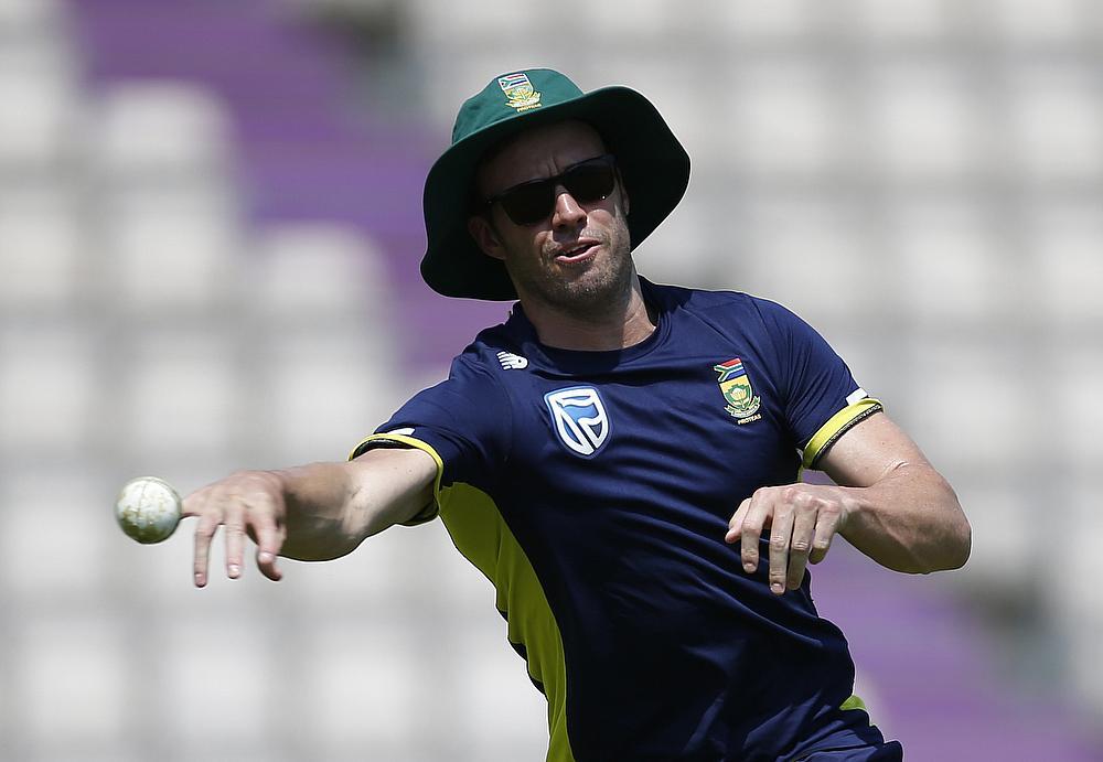 'Hitman' Rohit Sharma Has a Blast With Fans in Durban