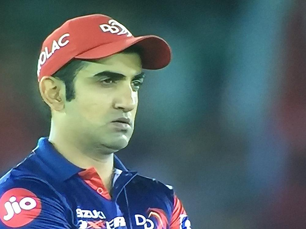 Rahul blitzkrieg blows away Delhi Daredevils