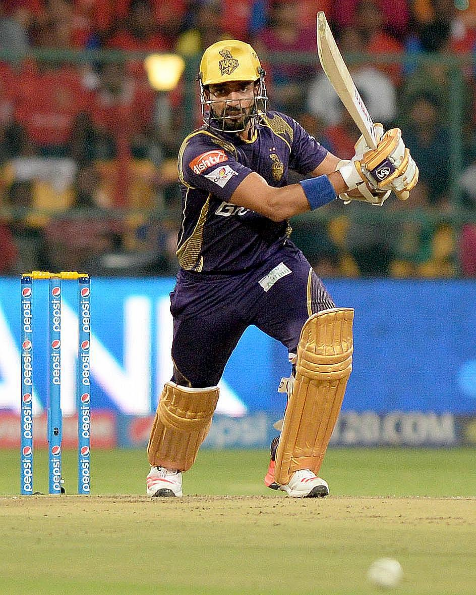 KKR posts 200-9 against DD in IPL