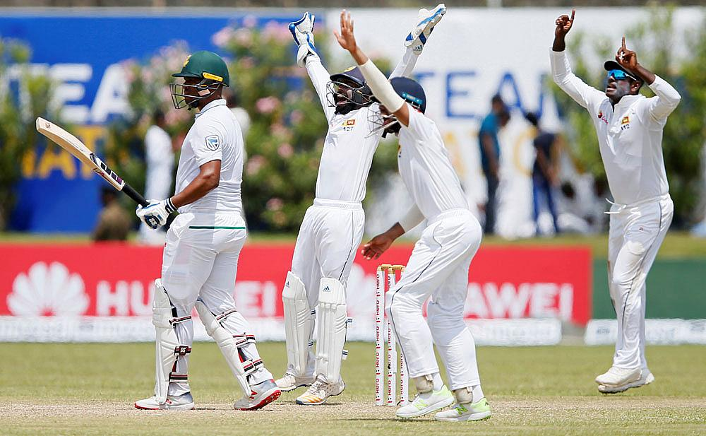 Sri Lanka spin a web around South Africa on Dayst Test