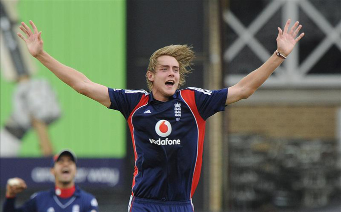 Stuart Broad celebrates his fifth wicket