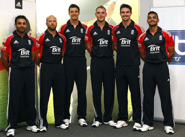 Ravi Bopara, Matthew Prior, Steven Finn, Stuart Broad, Kevin Pietersen and Ajmal Shahzad show off the new kit