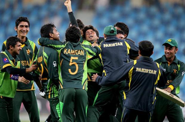 Jubilation as Pakistan celebrate their semi-final win