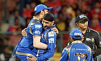 Harbhajan Singh (2nd left) was the only positive for the Mumbai Indians against Rising Pune Supergiants.
