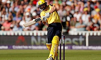 Hampshire go through to knock out stage with win over Glamorgan by 4 wickets