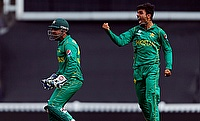 Kiwis Crash to a Heavy Defeat against Pakistan in 3rd T20I