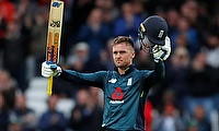 England beat Pakistan by 3 wickets in the 4th ODI at Trent Bridge
