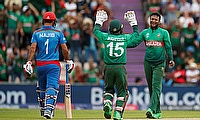 Bangladesh's Shakib Al Hasan and Mushfiqur Rahim celebrate