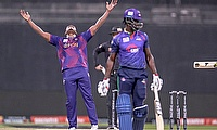 Deccan Gladiators beat Bangla Tigers to progress to Play Off against Qalandars in Abu Dhabi T10