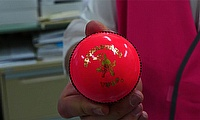Pink Ball Debuts in Perth for Day-night Test