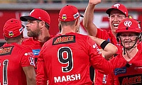 Melbourne Renegades beat Brisbane Heat by 44 runs in an extraordinary BBL match at the GABBA